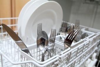organizing utensils dishwasher
