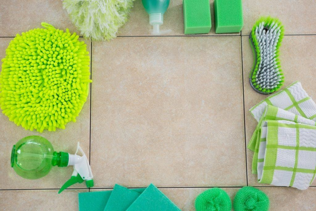 Inside Scoop on Choosing Safe Household Cleaners